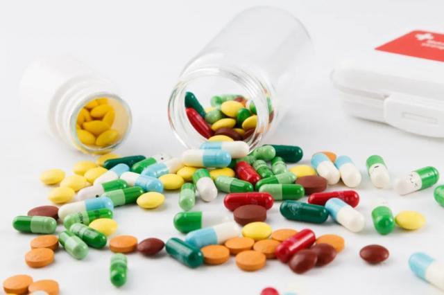 注意了!金银花颗粒等药全国停售、召回!你可能也有!